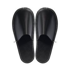 C.A. Lindberg, slippers i skinn – svart